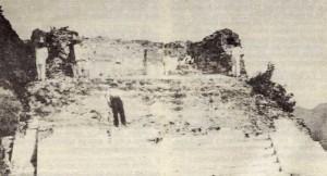 Fotografía de 1896 mostrando los trabajos de excavación realizados en la pirámidede Tepoxtlán.